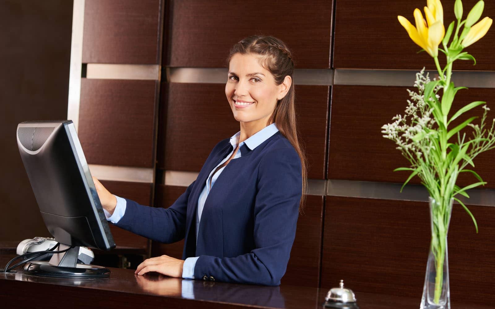 formation réceptionniste en ligne